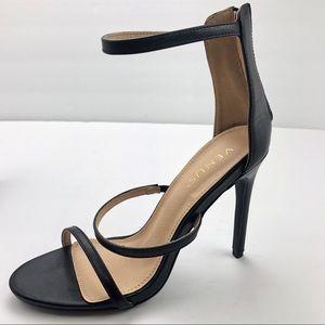 Venus Black Strappy Stiletto 9 EUC